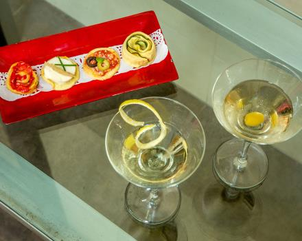 Try appetizers in the bar at the BW Hotel Spring House, 4-star hotel in Rome