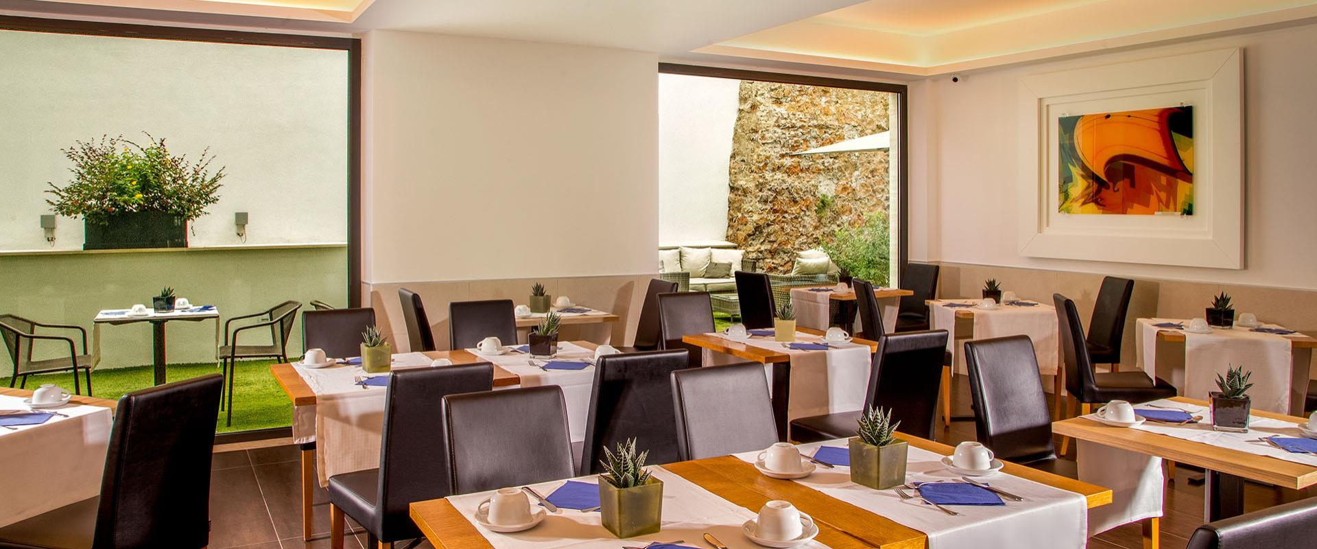 For guests staying at the Best Western Plus Hotel Spring House rich buffet breakfast every morning