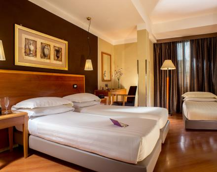 Choose the comfort of a standard room at the Best Western Hotel Spring House Rome