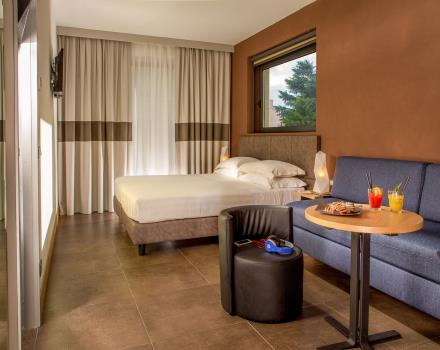 Choose the comfort of a standard room at the Best Western Plus Hotel Spring House Rome